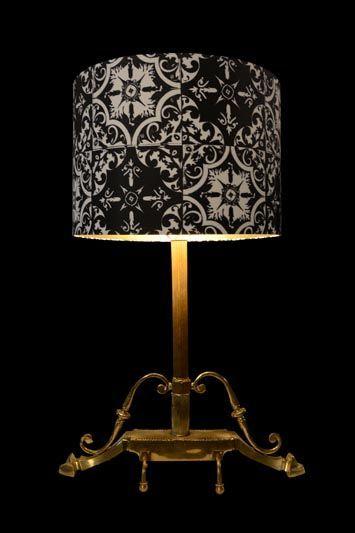 Abat-jour noir et gris avec un imprimé gothique | Lampe | Abat-jour Illimités | Montréal
