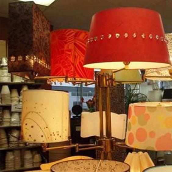 Support avec des abat-jours colorés | Lampe | Abat-jour Illimités | Montréal